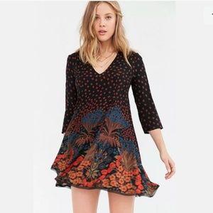 UO Ecote | Black Floral Dress